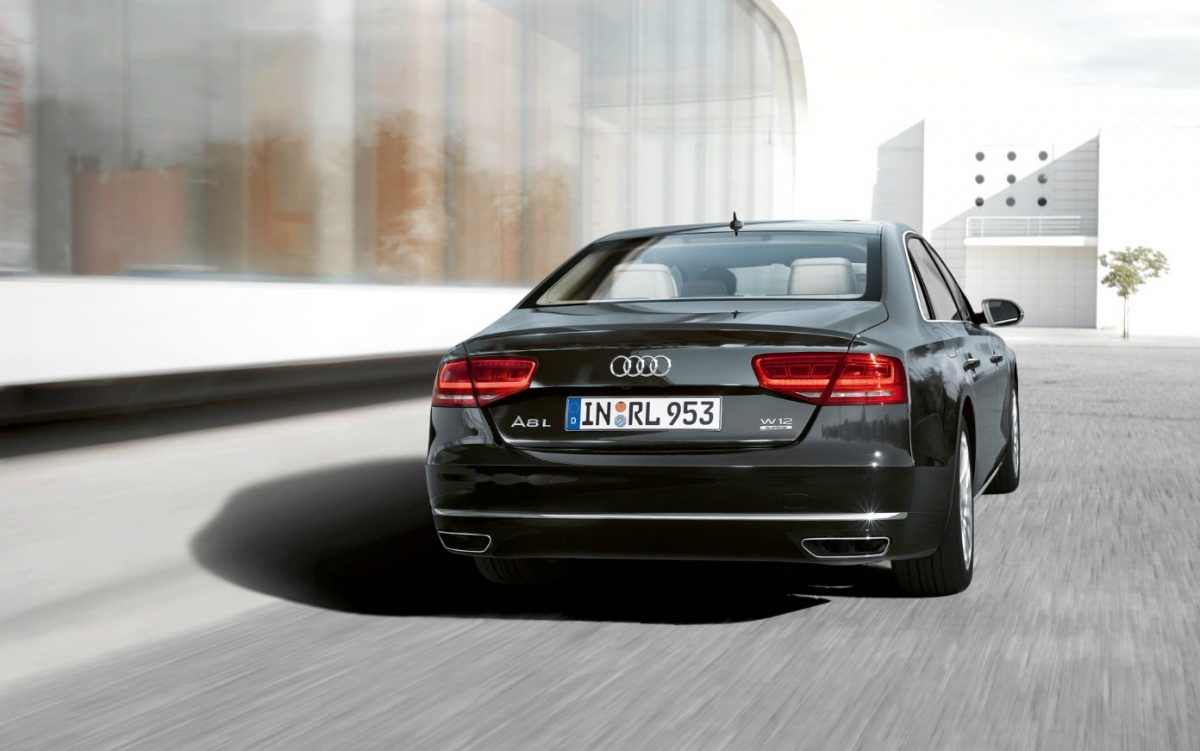 Kelebihan Audi A8 2012 Spesifikasi