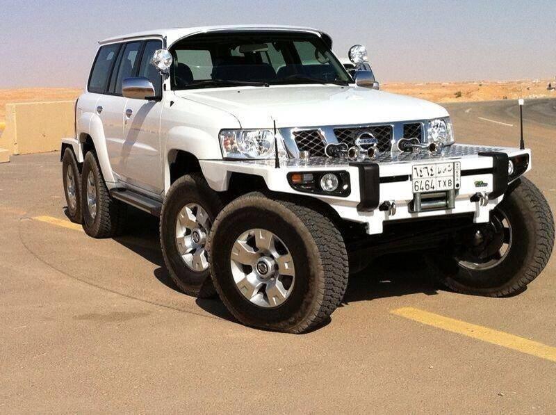 نيسان باترول سعودية مزودة بـ8 عجلات