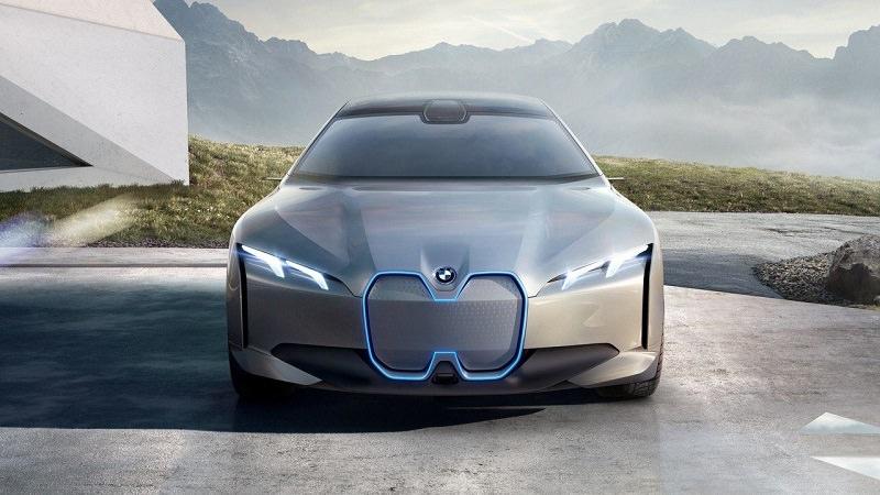 سيارة جديدة من شركة BMW
