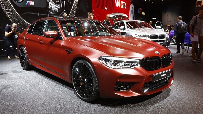 سيارةM5