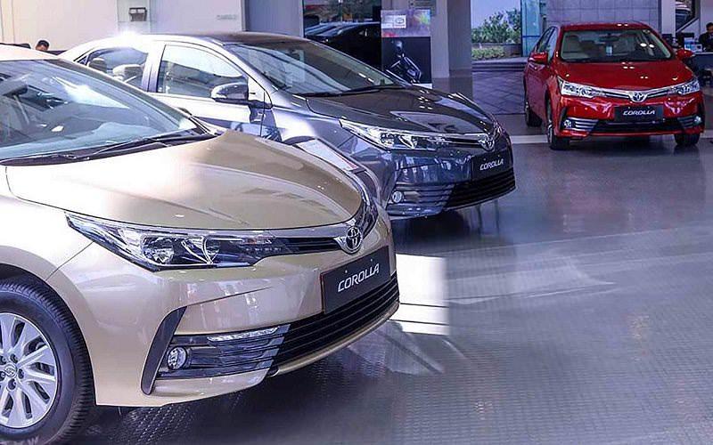 سعر تويوتا كورولا 2018 الجديدة في السعودية لدى شركة عبداللطيف جميل