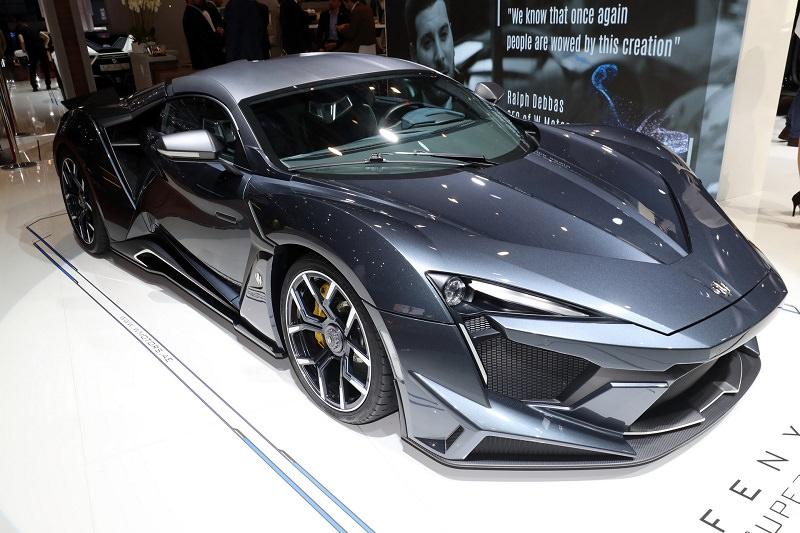 سيارة عربية خارقة