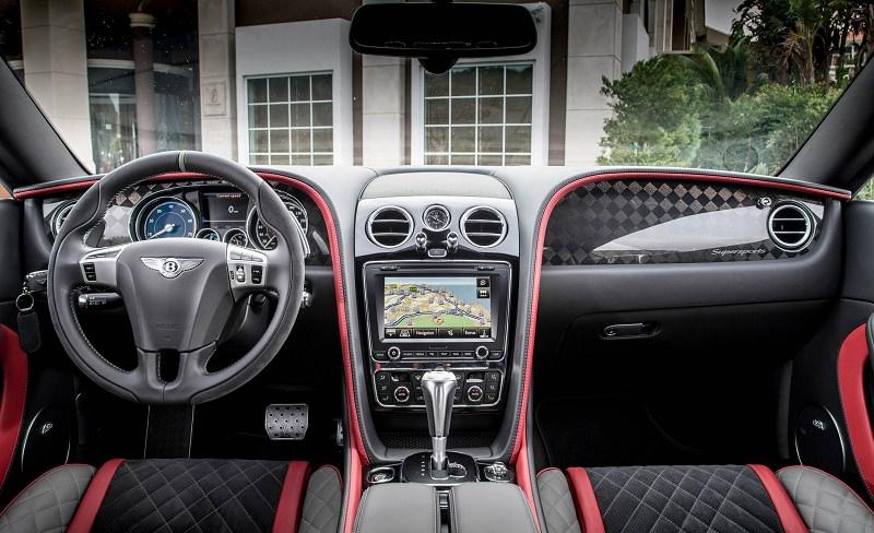 سيارة بنتلي كونتيننتال سوبر سبورتس من الداخل