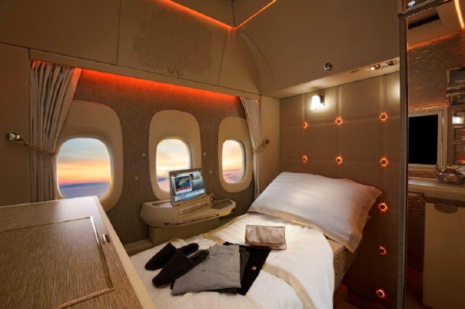 درجة اولى في طيران الامارات