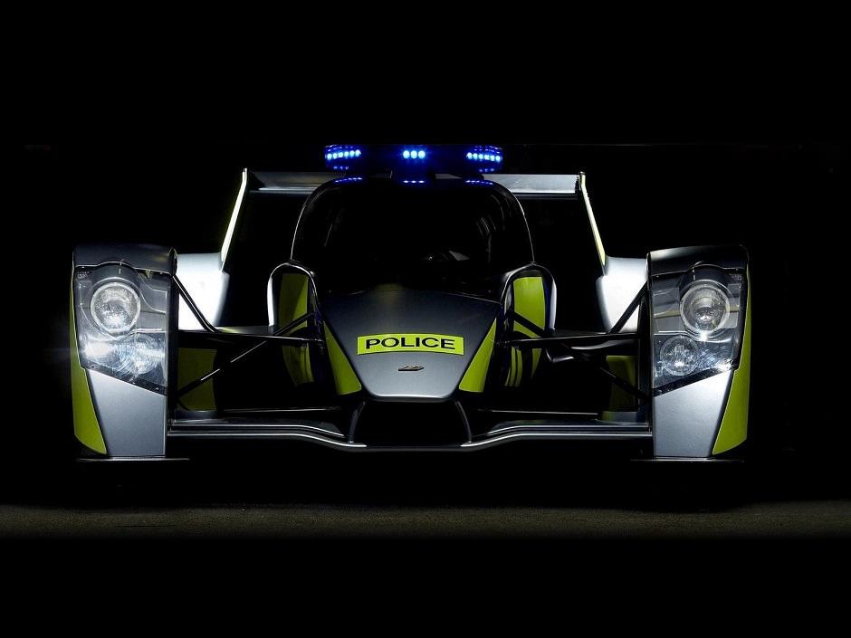 سيارة شرطة سريعة