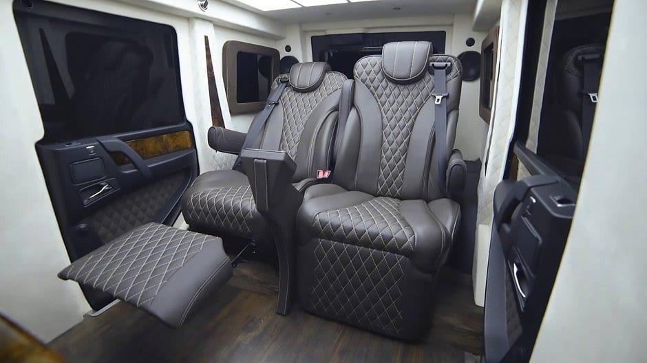 مقاعد سيارة مصفحة