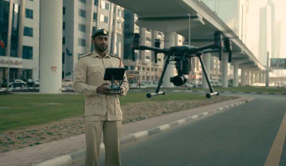شرطة دبي طائرة بدون طيار