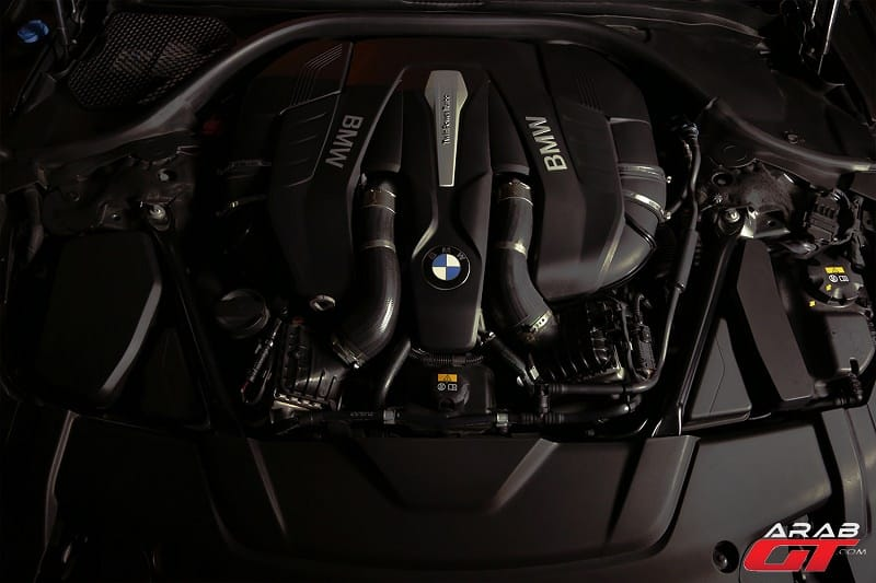 محرك-بي-ام-دبليو-الفئة-السابعة_1