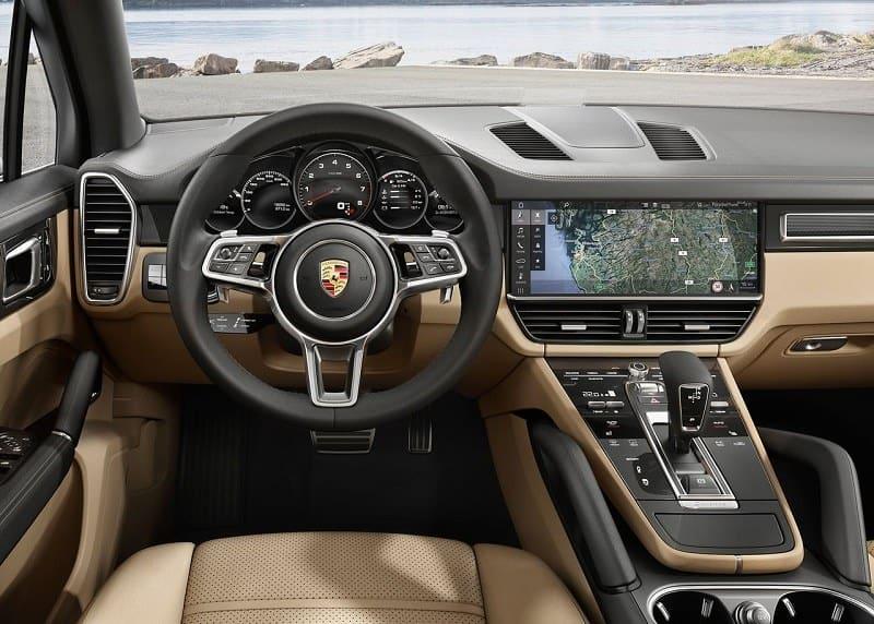سيارة بورش كايين 2019 من الداخل