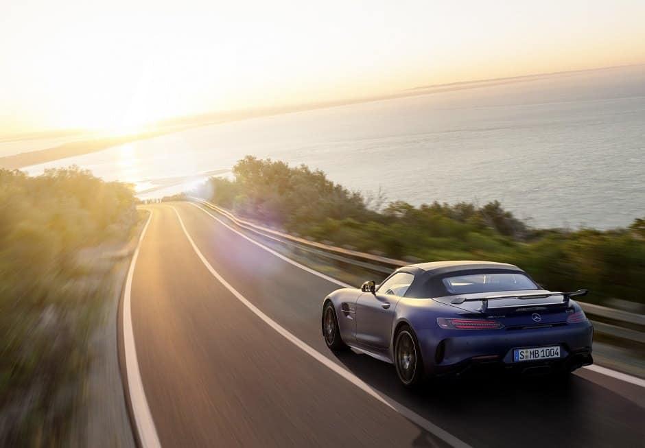صور سيارة مرسيدس AMG GTR كشف