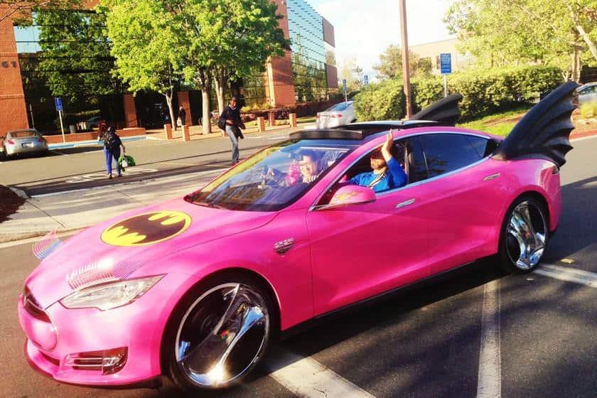 سيارة ملياردير مؤسس موقع جوجل
