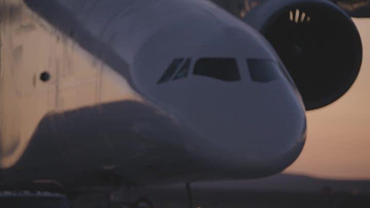 تحليق اكبر طائرة في العالم.. تعرف عليها