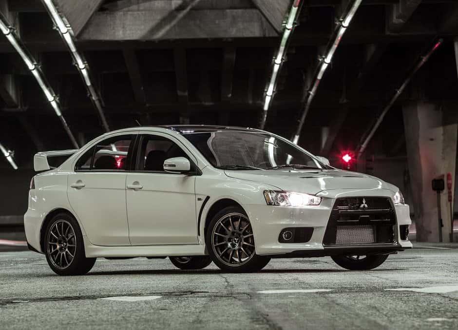 Mitsubishi-Lancer_Evolution