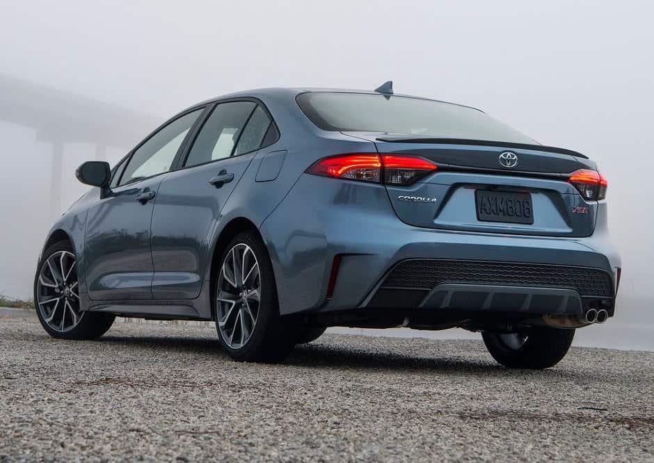 Toyota-Corolla_Sedan-2020