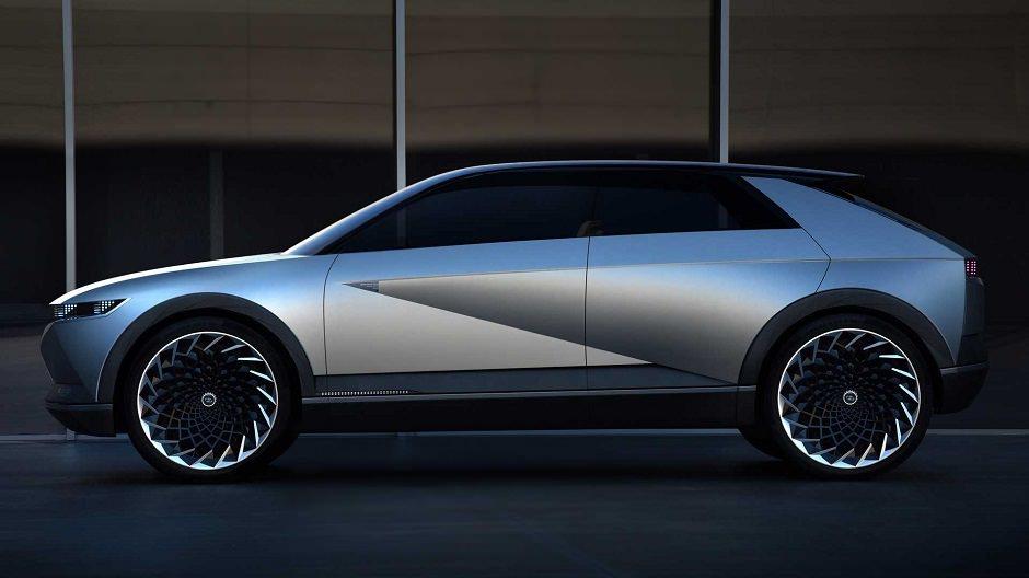 سيارة هيونداي جديدة