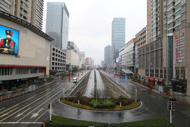 منع جركة السيارات في الصين لوقف انتشار فيروس كورونا