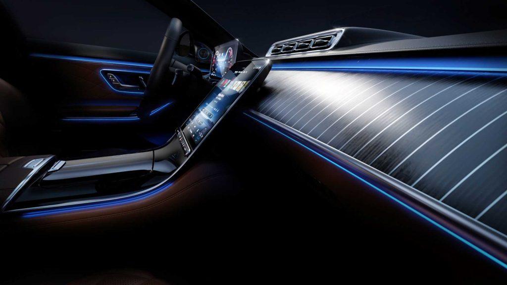 2021-mercedes-benz-s-class-ambient-lighting (8)
