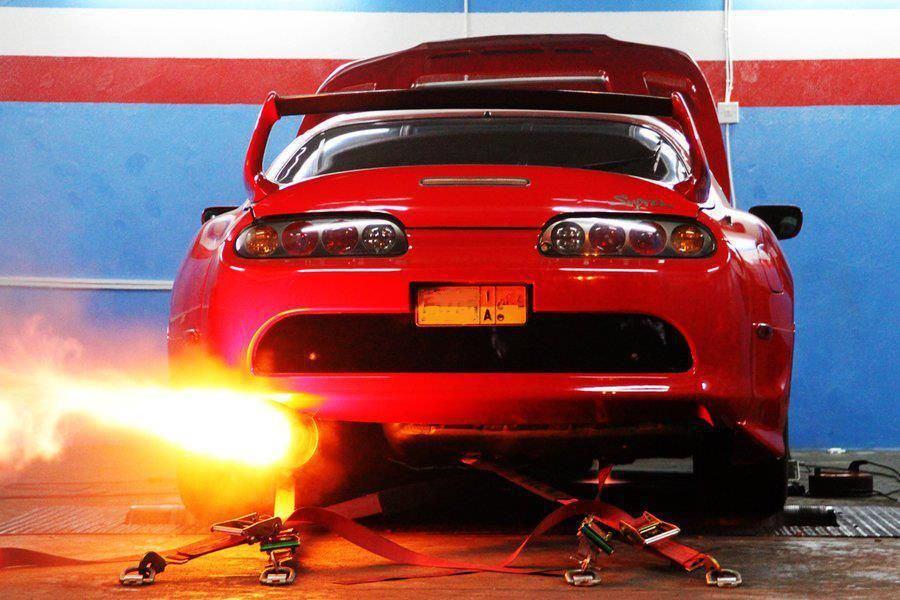 ما هو الوقود عالي الاوكتان ولماذا يزيد من قوة سيارتك؟