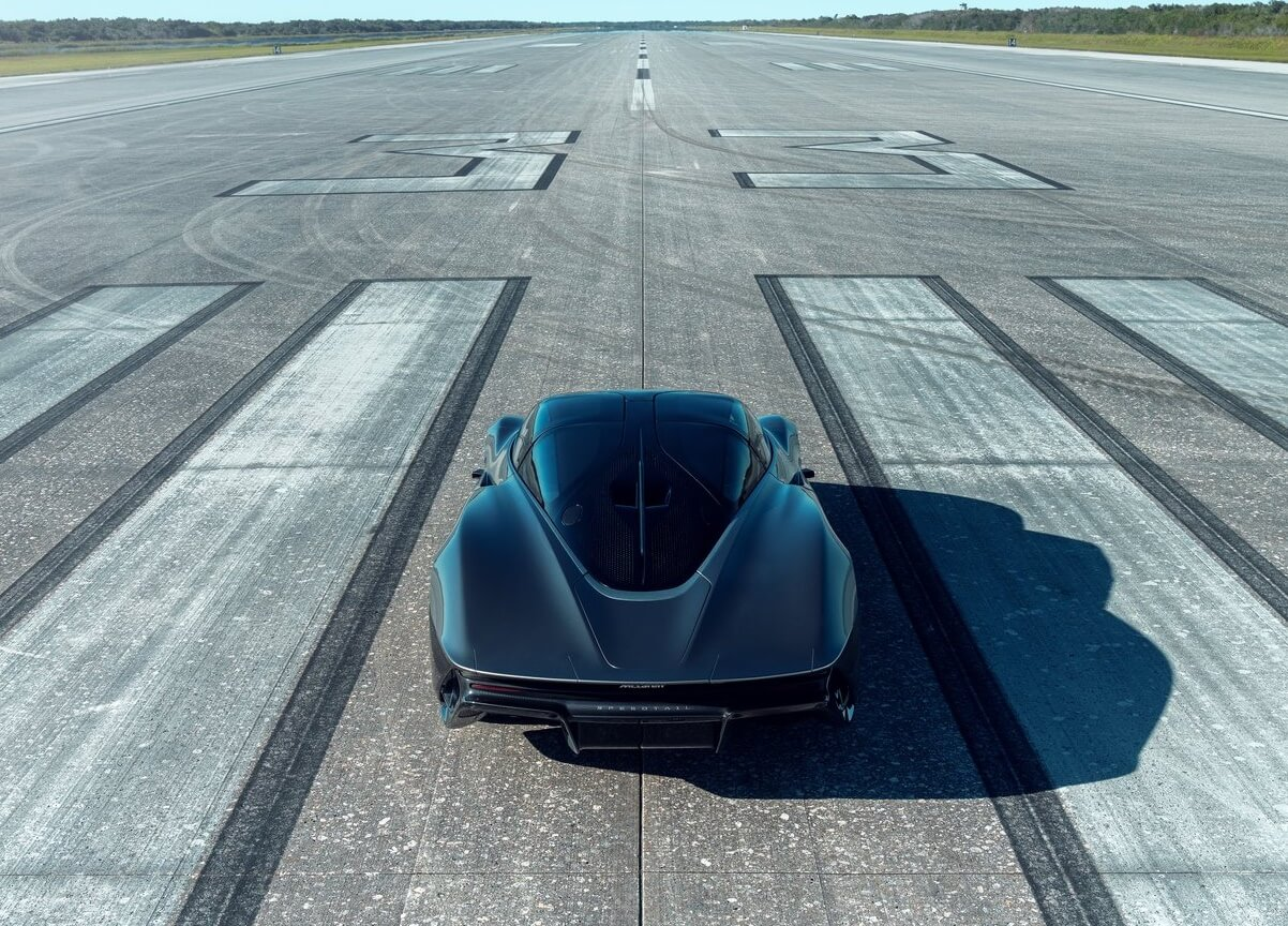 سيارة مكلارين 2020