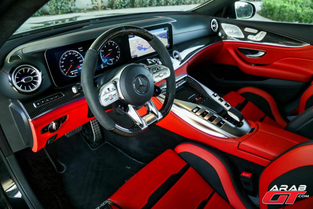مرسيدس AMG GT جديدة من الداخل