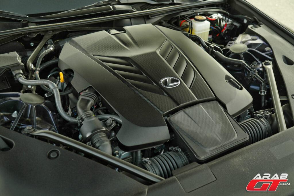 محرك لكزس V8