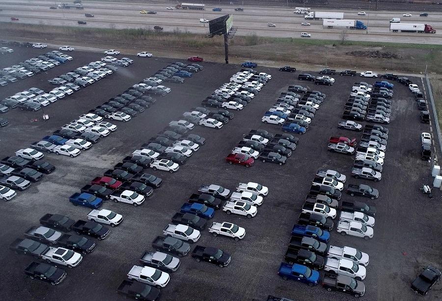 سيارات العالم تخسر بعض مواصفاتها بسبب نقص الشرائح الإلكترونية (1)