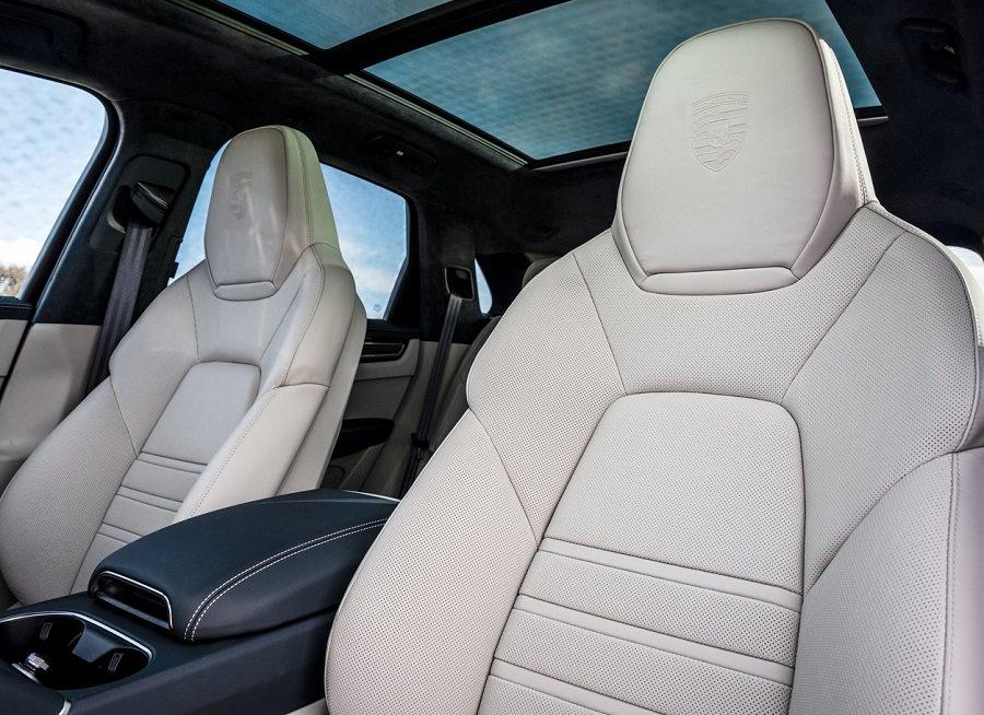 مواصفات سيارة بورش كايين تيربو اس هايبرد 2022 (1)